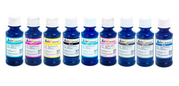 Чернила INKSYSTEM для фотопечати на HP Photosmart 8750gp (фоточернила)Комплектация: 9 банок по 100 мл, цвета: Cyan, Magenta, Yellow, Black, Light Cyan, Light Magenta, Gray, Light Gray, Blue. Фоточернила INKSYSTEM обеспечивают точную цветопередачу, при этом качество отпечатков на 95-98% соответствует оригинальным чернилам.<br>