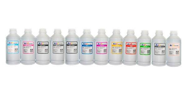 Чернила INKSYSTEM для фотопечати на HP DesignJet Z3200 (фоточернила)Чернила для принтера HP DesignJet Z3200. цвета: Light Cyan, Light Magenta, Photo black, Light Gray, Matte black, Blue, Magenta, Yellow, Red, Green, Gray, Gloss Enhancer, емкость баночек - по 1000 мл. Фоточернила INKSYSTEM обеспечивают точную цветопередачу, при этом качество отпечатков на 95-98% соответствует оригинальным чернилам.<br>